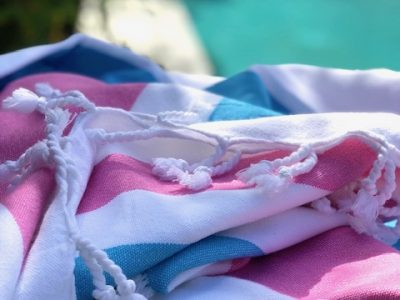 hand loomed Summer Bright organic cotton Pestemal in pink and blue colours