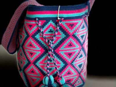 Wayuu crocheted handbag in 1 thread