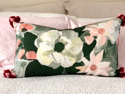 Bonnie&Neil Linen cushion Magnolias