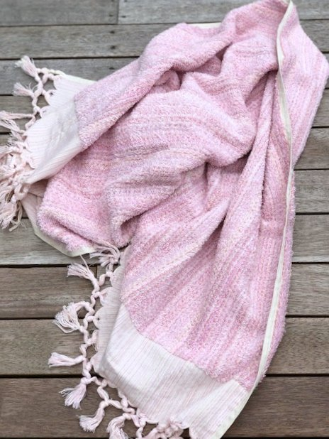 Bathtowel named Iced Vovo made from gots certified organic cotton